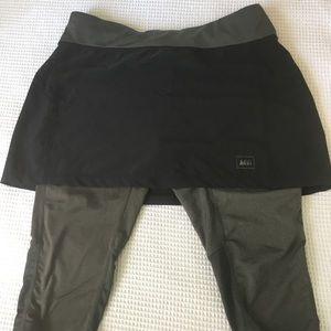 REI Skirt with Capri leggings. NWOT size small